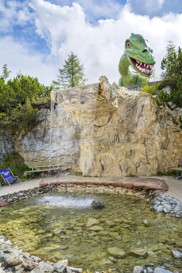 Ψυχαγωγία και περιπέτεια στη Triassic παραλία Parc σε Steinplatte, Αυστρία στοκ φωτογραφίες με δικαίωμα ελεύθερης χρήσης