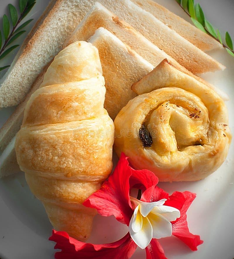 Ψωμί με το λουλούδι στοκ εικόνες με δικαίωμα ελεύθερης χρήσης