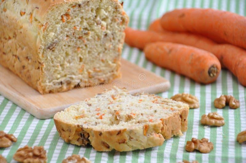 Ψωμί ξύλων καρυδιάς καρότων στοκ φωτογραφίες με δικαίωμα ελεύθερης χρήσης