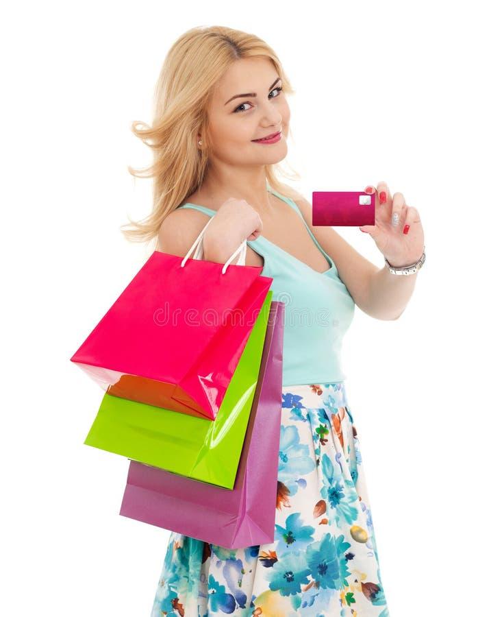 Ψωνίζοντας κορίτσι με την πιστωτική κάρτα στοκ εικόνες με δικαίωμα ελεύθερης χρήσης