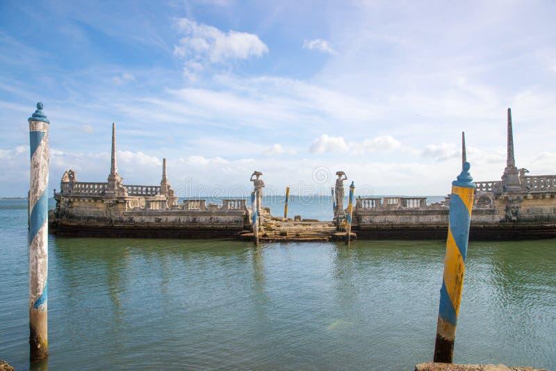 Ωκεάνια άποψη από το κατώφλι Vizcaya του μουσείου στο Μαϊάμι, Φλώριδα στοκ εικόνες