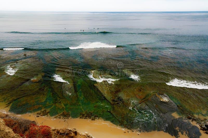 Ωκεάνια παλίρροια κατά μήκος της ακτής Sunset Cliffs, Point Loma, Σαν Ντιέγκο, Καλιφόρνια στοκ φωτογραφίες με δικαίωμα ελεύθερης χρήσης