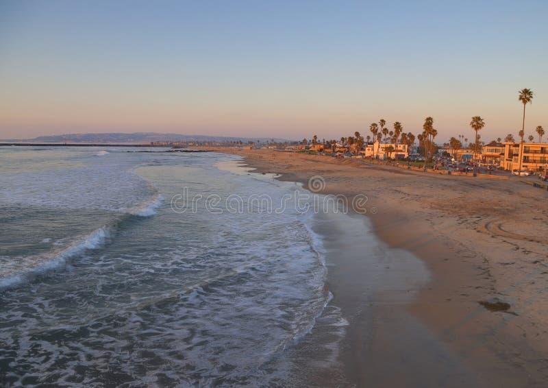 Ωκεάνια παραλία ακριβώς έξω από το Σαν Ντιέγκο, Καλιφόρνια στοκ εικόνα με δικαίωμα ελεύθερης χρήσης