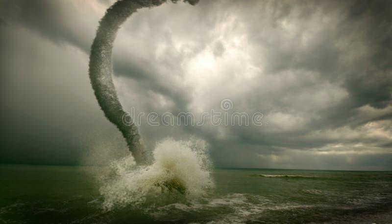 ωκεάνιος ανεμοστρόβιλος στοκ φωτογραφίες