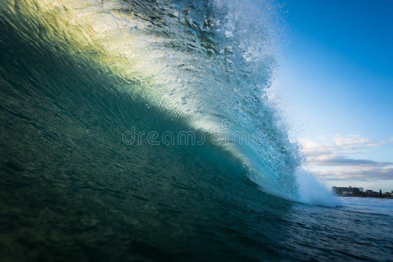 Ωκεάνιο βαρέλι κυμάτων στοκ εικόνα