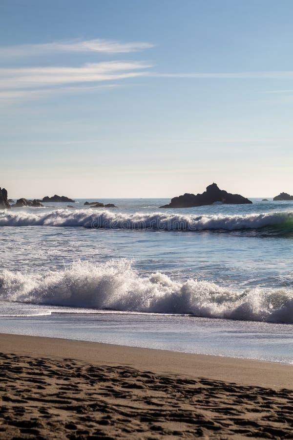 ωκεάνιο ειρηνικό ηλιοβα& στοκ εικόνες