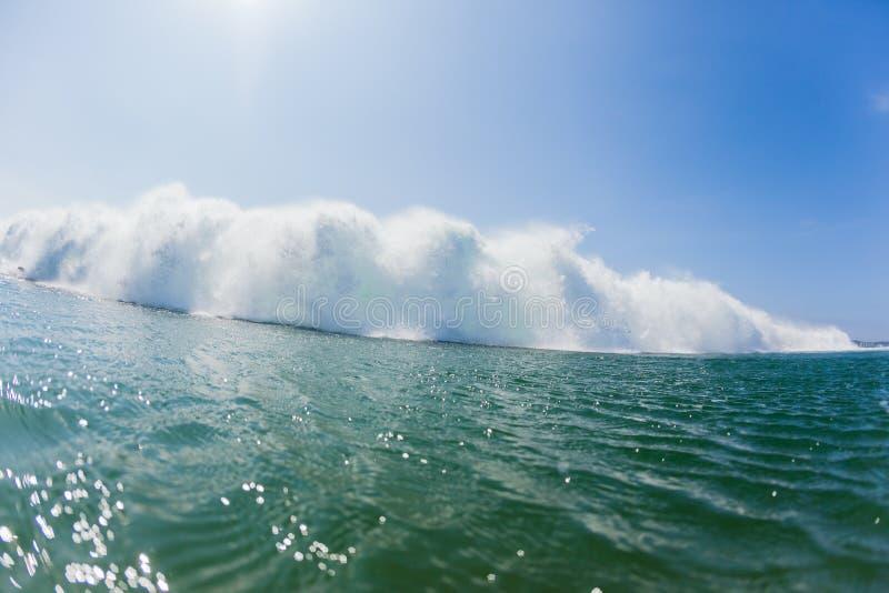 Ωκεάνιο κολυμπώντας άσπρο νερό κυμάτων στοκ εικόνες με δικαίωμα ελεύθερης χρήσης