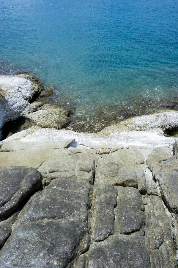 ωκεανός απότομων βράχων στοκ εικόνες με δικαίωμα ελεύθερης χρήσης