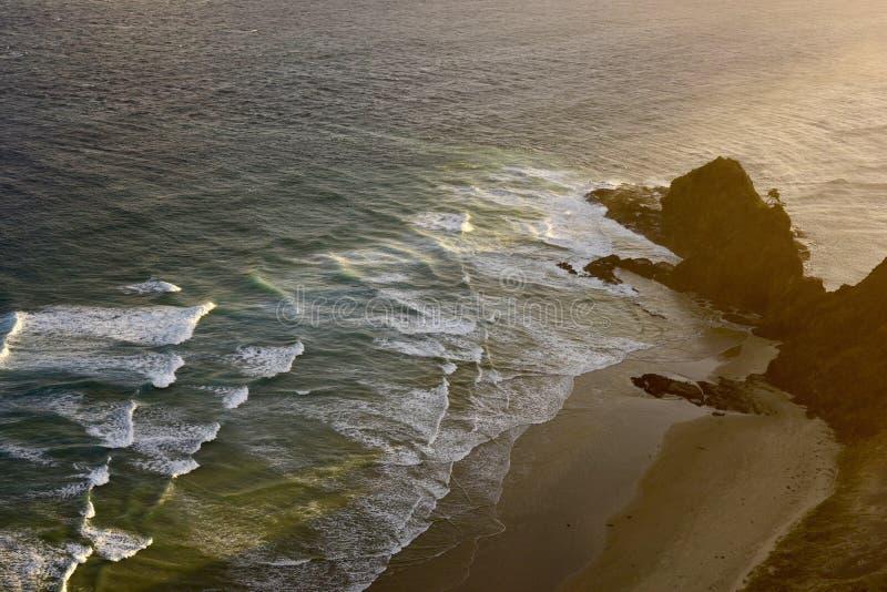 ωκεανός πέρα από την ανατολ στοκ εικόνα με δικαίωμα ελεύθερης χρήσης