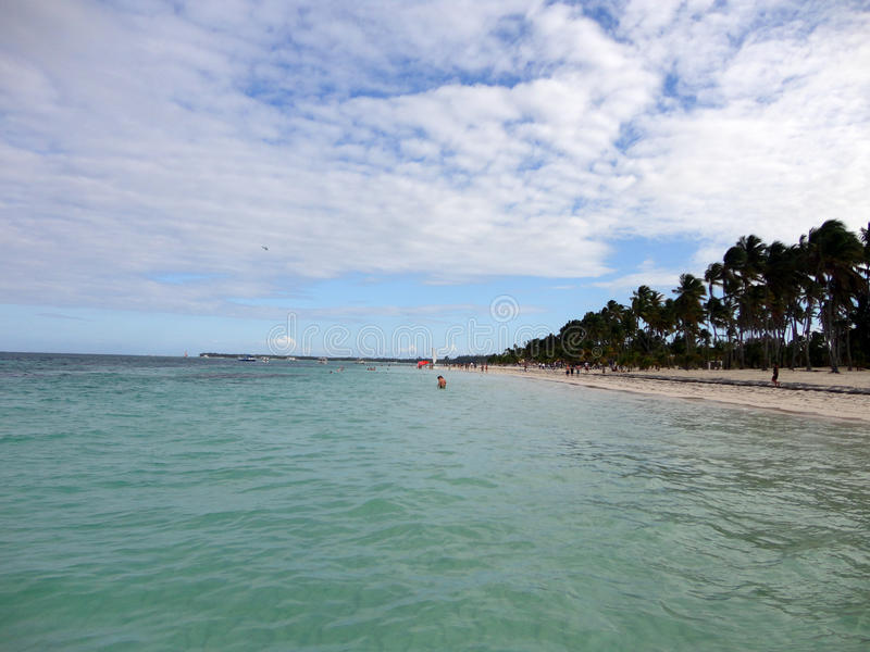 ωκεανός παραλιών αμμώδης στοκ φωτογραφία με δικαίωμα ελεύθερης χρήσης