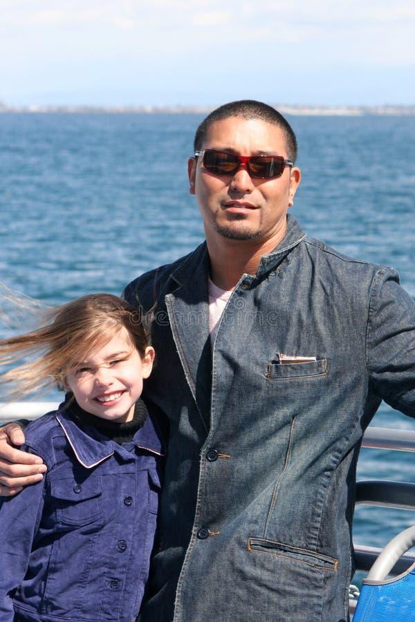 ωκεανός πατέρων κορών στοκ φωτογραφία με δικαίωμα ελεύθερης χρήσης