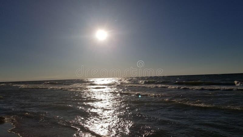 Ωκεανός σούρουπου στοκ φωτογραφία με δικαίωμα ελεύθερης χρήσης
