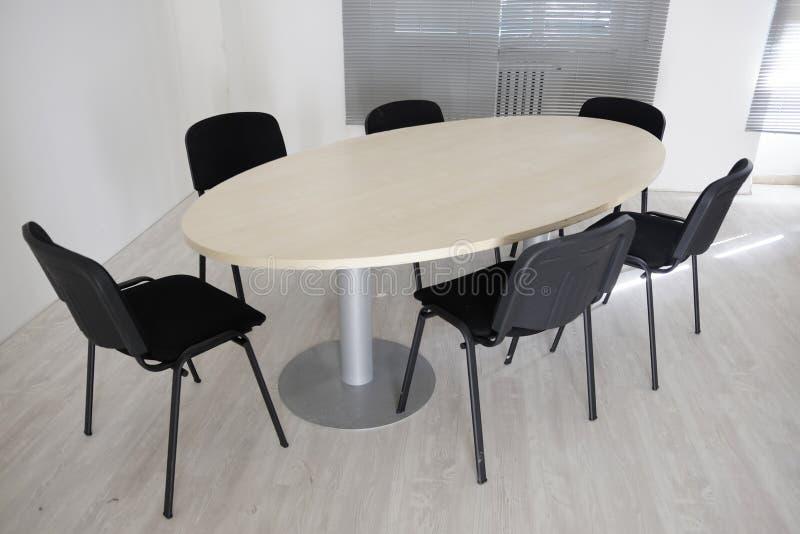 Ωοειδής πίνακας συνεδρίασης στοκ φωτογραφίες