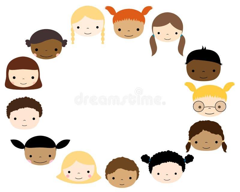 Ωοειδές πλαίσιο με τα χαριτωμένα πρόσωπα παιδιών ελεύθερη απεικόνιση δικαιώματος