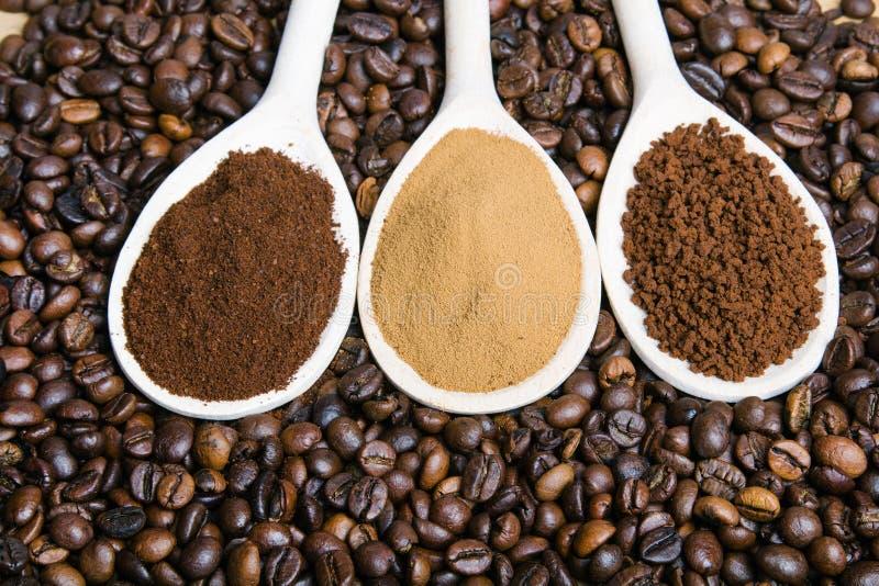 λόγοι, στιγμή, σκόνη, φασόλια καφέ στοκ φωτογραφία