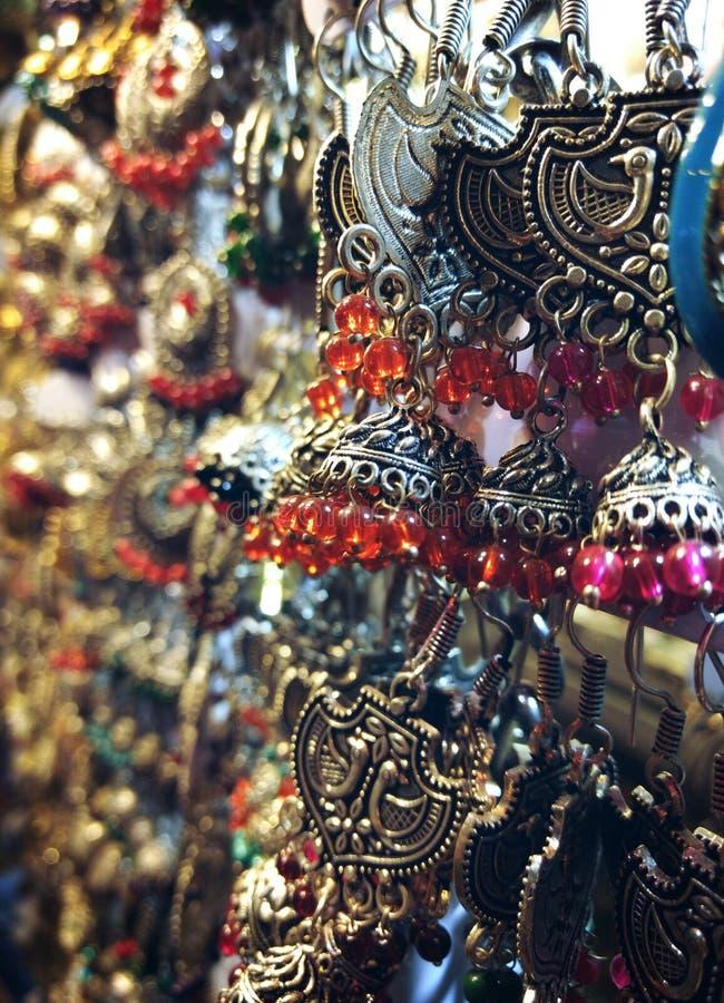 Όμορφα κοσμήματα Jhumkas & x28 Earrings& x29  στοκ εικόνες