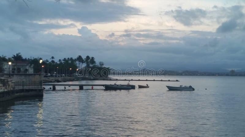 Όμορφα νησιά, ουρανοί, θάλασσες στοκ εικόνες