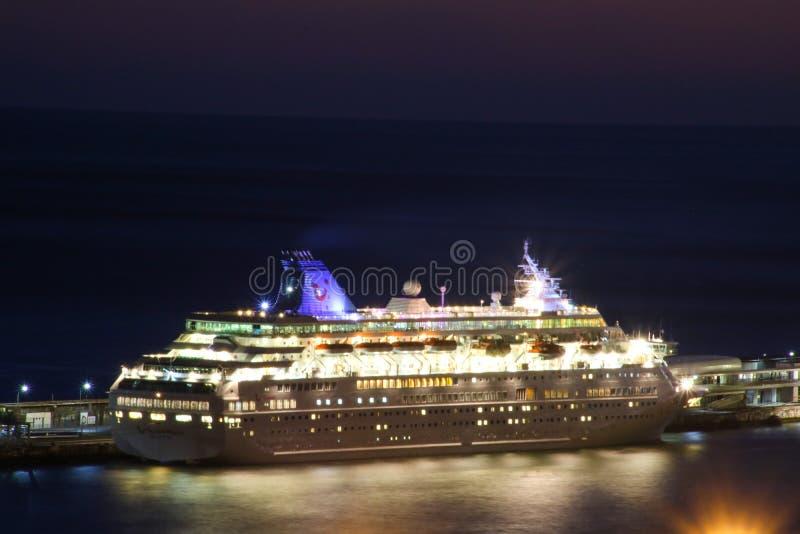 Όμορφα σκάφη και σκάφη της γραμμής κρουαζιέρας στοκ εικόνες με δικαίωμα ελεύθερης χρήσης