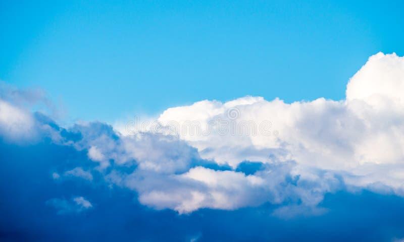όμορφα σύννεφα ανασκόπηση&sigma στοκ εικόνα