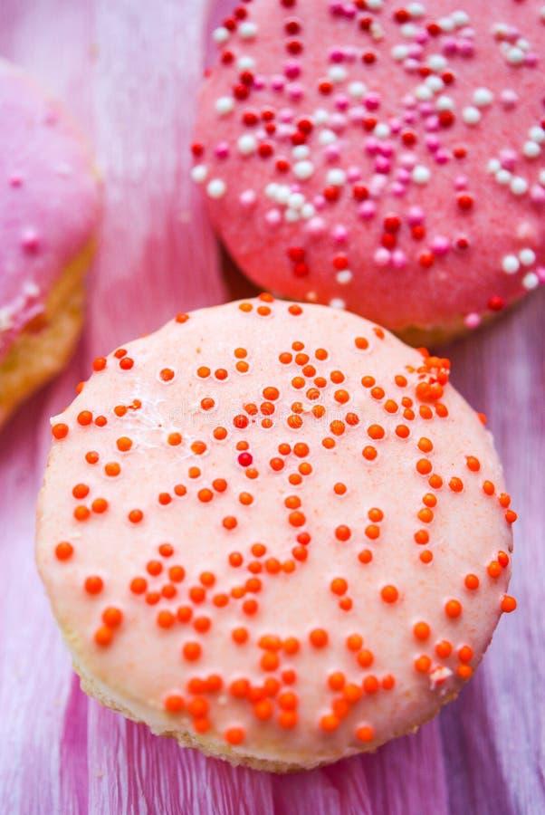 Όμορφα cupcakes στο αναδρομικό ύφος στοκ εικόνα