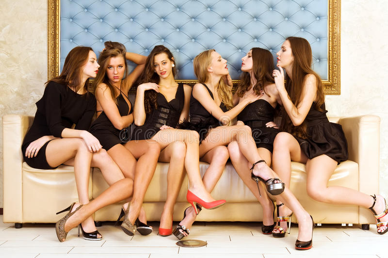 όμορφες έξι γυναίκες στοκ εικόνες