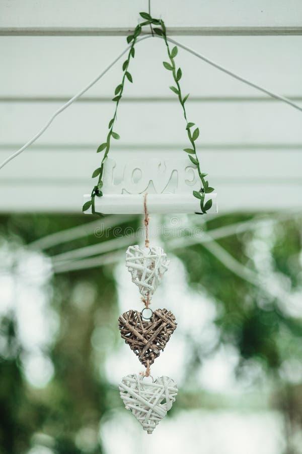 Όμορφες διακοσμήσεις για τη γαμήλια τελετή, τρύγος, μόδα στοκ εικόνες με δικαίωμα ελεύθερης χρήσης