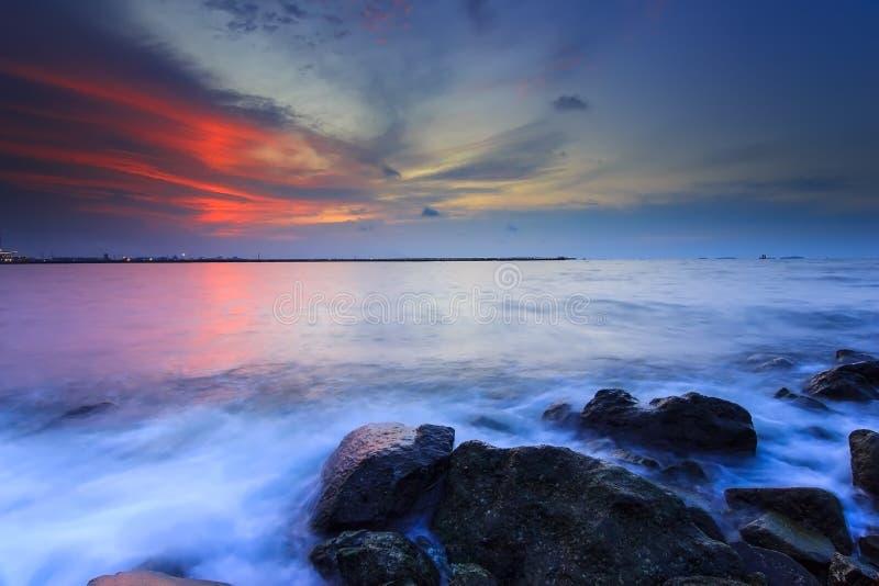 Όμορφες ηλιοβασίλεμα και ανατολή στοκ εικόνες