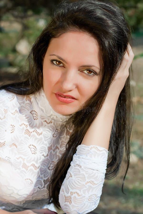 Download όμορφες νεολαίες γυνα&iota στοκ εικόνες. εικόνα από μοντέλο - 17054626