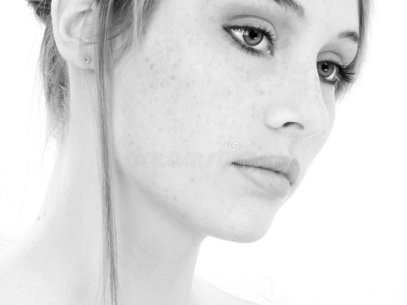 όμορφες νεολαίες γυνα&iota στοκ φωτογραφία