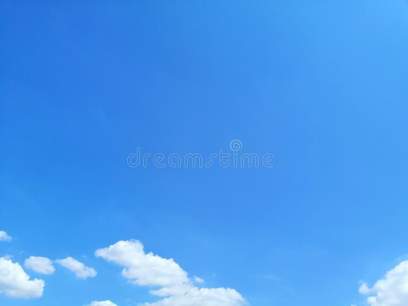 Όμορφες υπόβαθρο και ταπετσαρία τοπίων μπλε ουρανού στοκ εικόνα με δικαίωμα ελεύθερης χρήσης