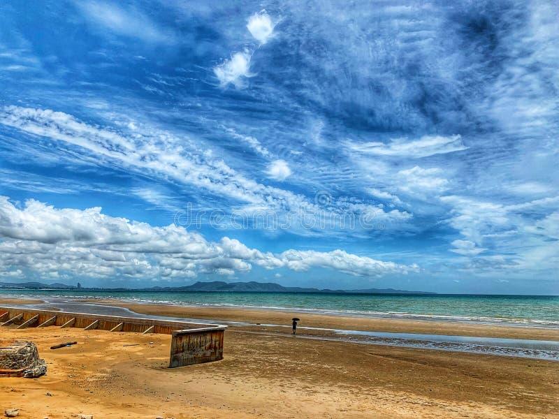 Όμορφες όψεις της παραλίας και της τροπικής θάλασσας Ο ουρανός και το λευκό Juan Summer Asia Travel Idea στοκ φωτογραφία με δικαίωμα ελεύθερης χρήσης