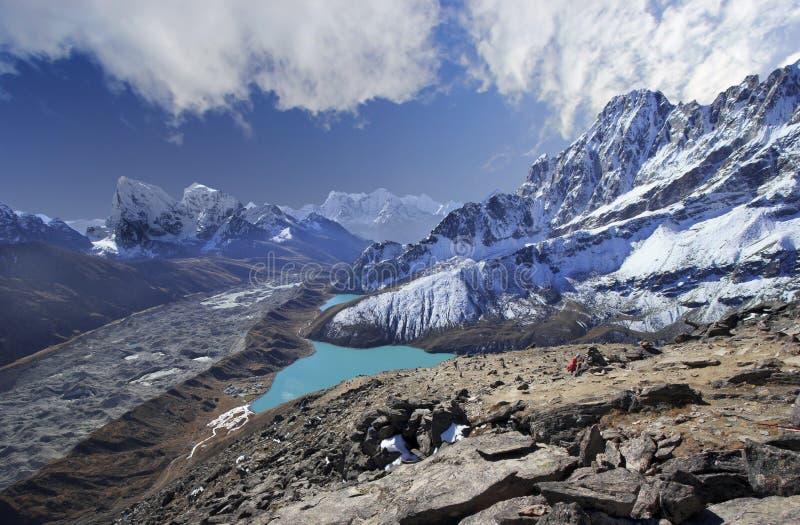 Όμορφη άποψη από Gokyo Ri, περιοχή Everest, του Νεπάλ στοκ φωτογραφίες