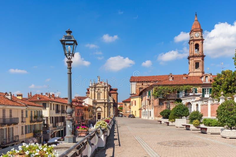 Όμορφη άποψη της πόλης του στηθοδέσμου στην Ιταλία στοκ φωτογραφίες με δικαίωμα ελεύθερης χρήσης