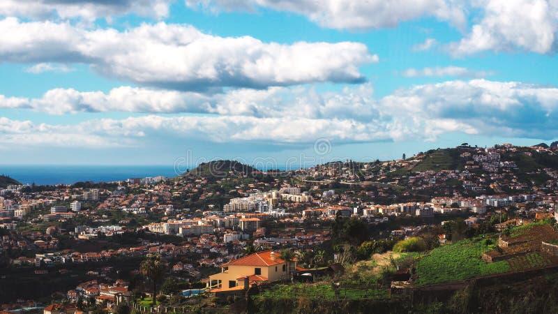 Όμορφη άποψη τοπίων του Φουνκάλ, Μαδέρα, από την κορυφή του βουνού στοκ φωτογραφία