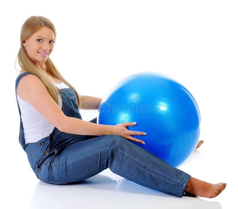 όμορφη έγκυος γυναίκα στοκ εικόνες