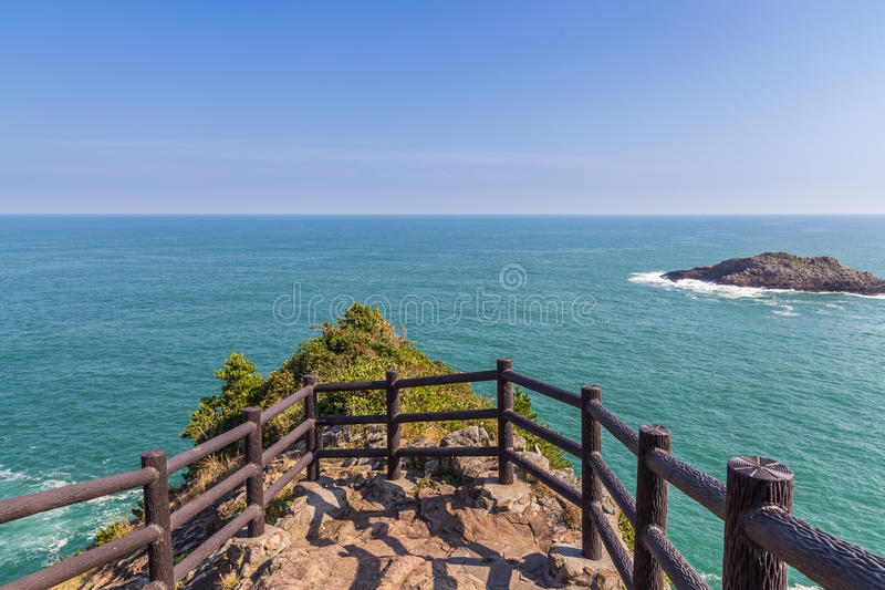 Όμορφη ακτή του ακρωτηρίου Hyuga στο Μιγιαζάκι, Kyushu στοκ εικόνες