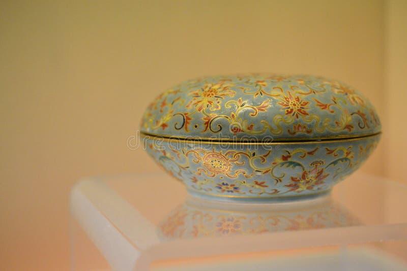 Όμορφη αρχαία κινεζική κασετίνα, μικρό κιβώτιο, μουσείο της Σαγκάη, Κίνα στοκ εικόνες