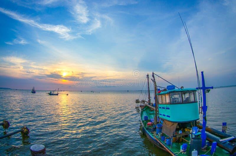 όμορφη αλιεία βαρκών στοκ εικόνες
