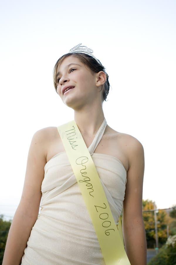 όμορφη βασίλισσα ομορφιάς στοκ εικόνα με δικαίωμα ελεύθερης χρήσης