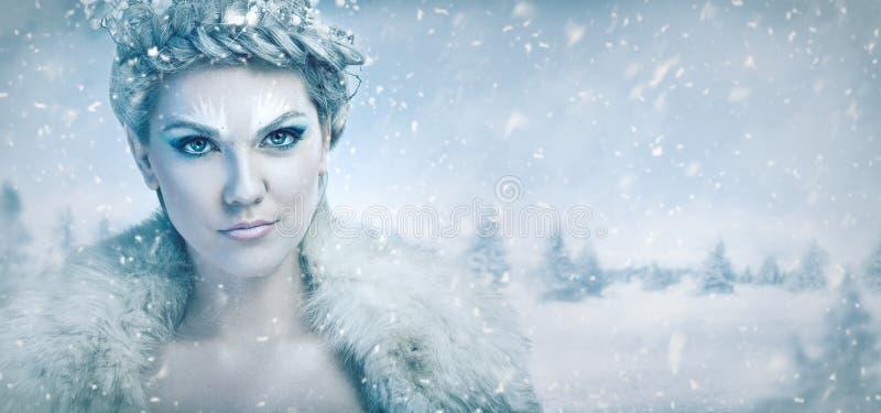 όμορφη βασίλισσα πάγου στοκ εικόνες
