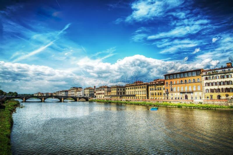 Όμορφη γέφυρα σε Lungarno στοκ φωτογραφίες
