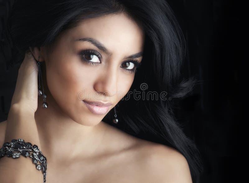 όμορφη γοητευτική γυναίκα στοκ εικόνα