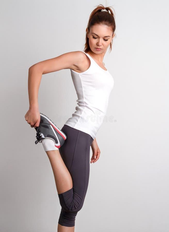 όμορφη γυναίκα γυμναστική στοκ φωτογραφίες με δικαίωμα ελεύθερης χρήσης