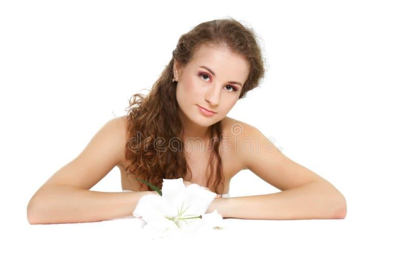 Download όμορφη γυναίκα λουλου&delt στοκ εικόνες. εικόνα από καυκάσιος - 13179026