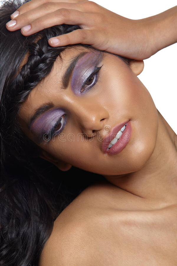 Όμορφη γυναίκα με την πλεξούδα. στοκ φωτογραφία με δικαίωμα ελεύθερης χρήσης