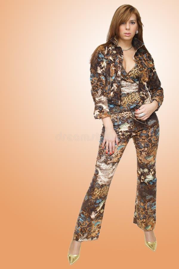 Download όμορφη γυναίκα μόδας στοκ εικόνες. εικόνα από λεπτός, σχεδιαστής - 1526580