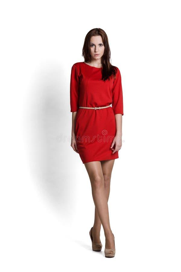 Όμορφη γυναίκα στο φόρεμα στοκ φωτογραφίες με δικαίωμα ελεύθερης χρήσης
