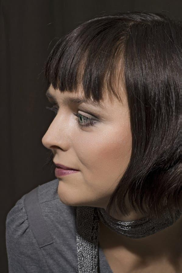 όμορφη δευτερεύουσα γυναίκα πορτρέτου στοκ εικόνα με δικαίωμα ελεύθερης χρήσης
