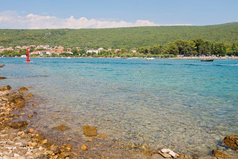 Όμορφη δύσκολη παραλία σε Istria, Κροατία στοκ φωτογραφία