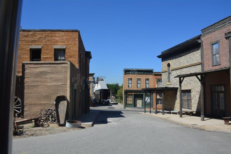 Όμορφη εικόνα μιας εγκαταλειμμένης οδού στοκ φωτογραφία με δικαίωμα ελεύθερης χρήσης